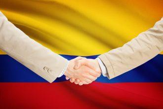 Dinero-Colombia-expatriados